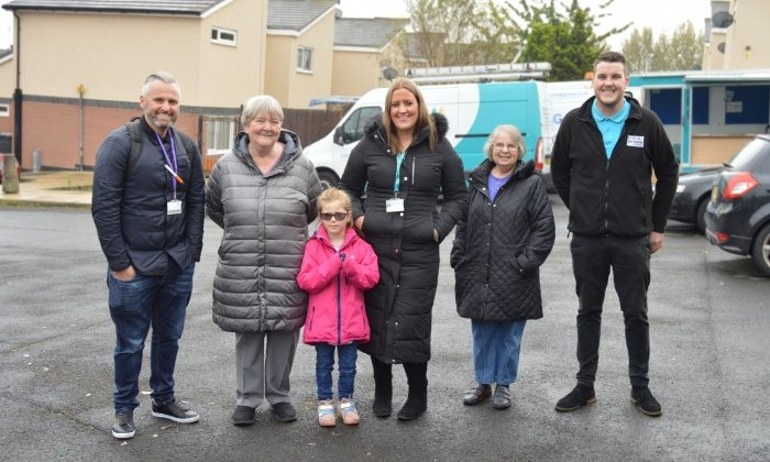 Six Town Housing partnership work day on St Thomas estate
