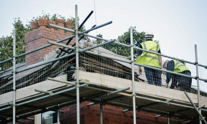 Bury homes to receive roofing refurbishments