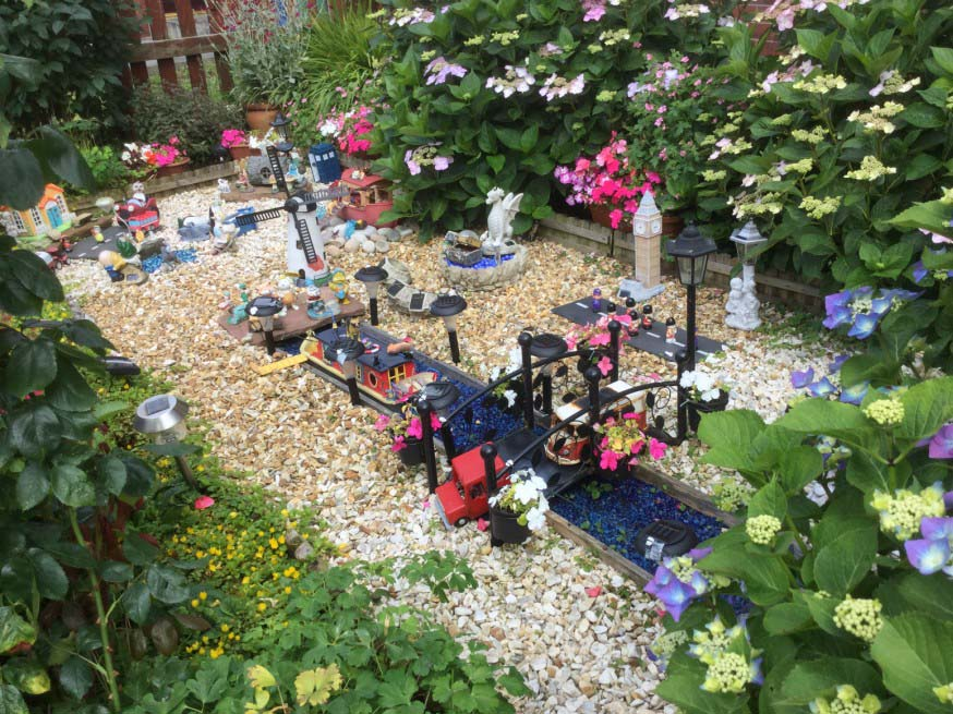 Winner in the Thinking Outside The Box category for Six Town Housing's Gardening Competition
