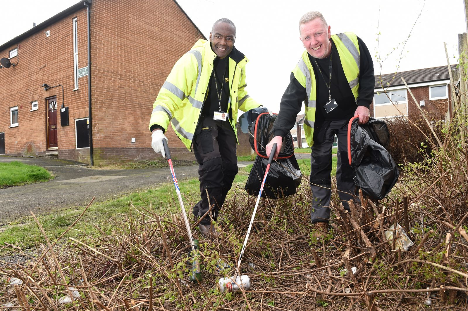 /content/images/page/images/Alan Coop and Kenneth Sewell from the Bury Accomodation Team clearing up